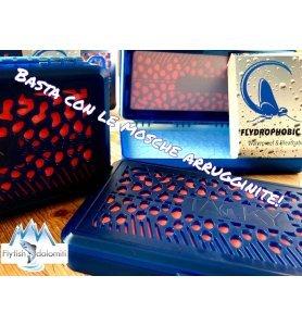 Tacky Flydrophobic Scatola